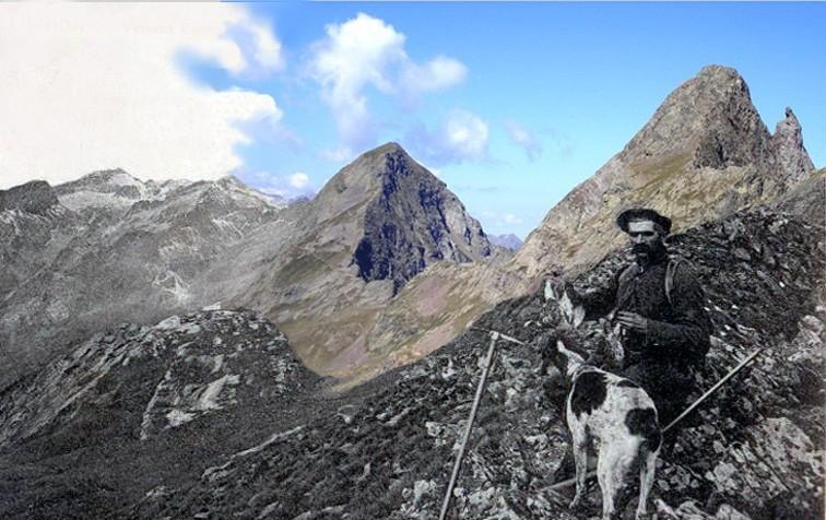 Salvaguardia y Pico de la Mina desde el puerto de la Picada (montaje con superposición de imágenes)